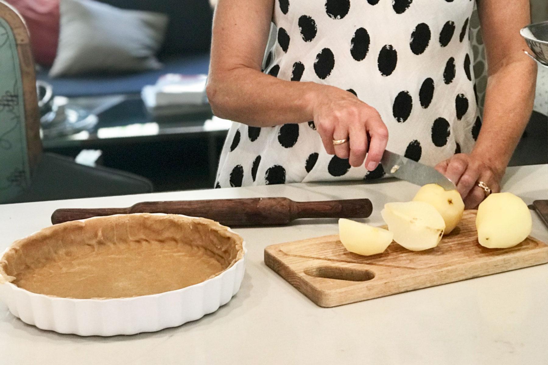 Andrea preparing amandine aux poires