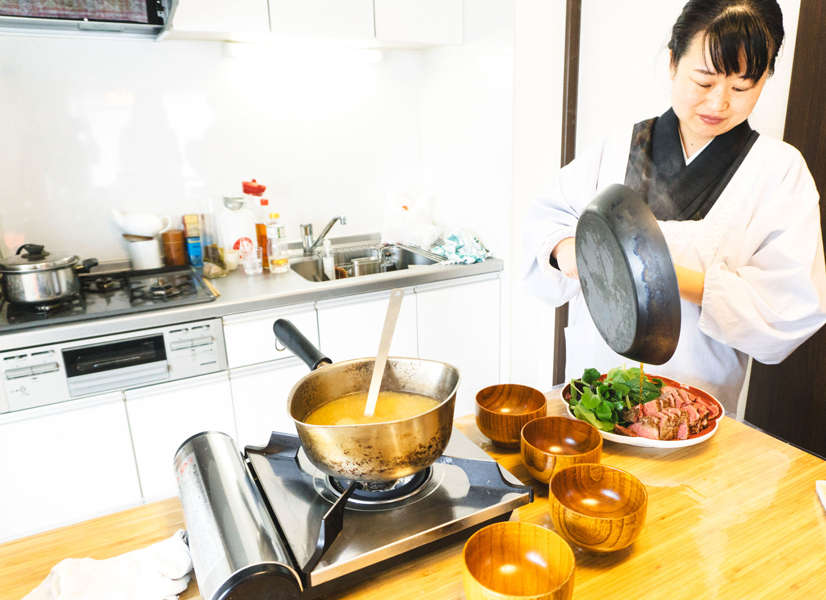 Japanese home cooking with a culinary expert Yoko - Traveling Spoon